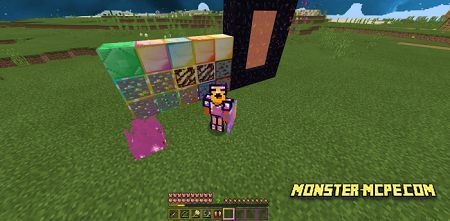 Preview of hotbar. highlighted ores, animated fire and nether portal