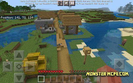 Village With 2 Blacksmith Near Spawn (2)